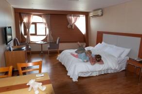 Sun Cruise Hotel, un hôtel-paquebot sur une falaise