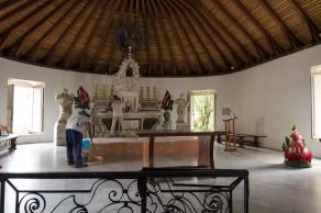 Autel de l'église Saint-Etienne au Marin